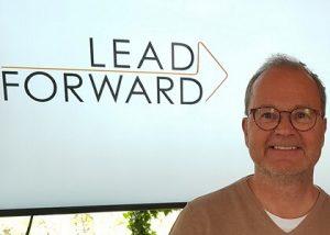Ledarskapsutbilningen Lead Forward - våga utmana ditt ledarskap med Rauno Juustovaara, produktbild